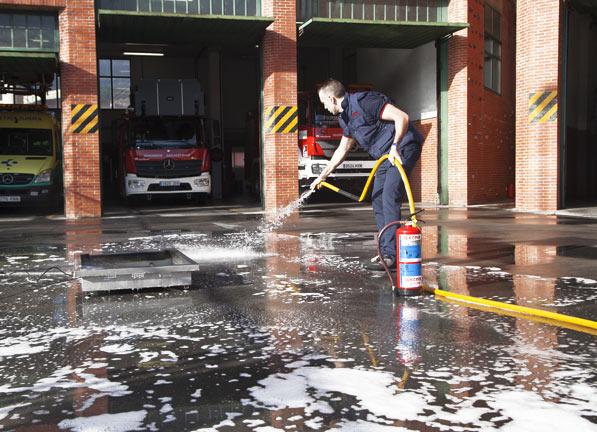 Formación contra incendios en empresas